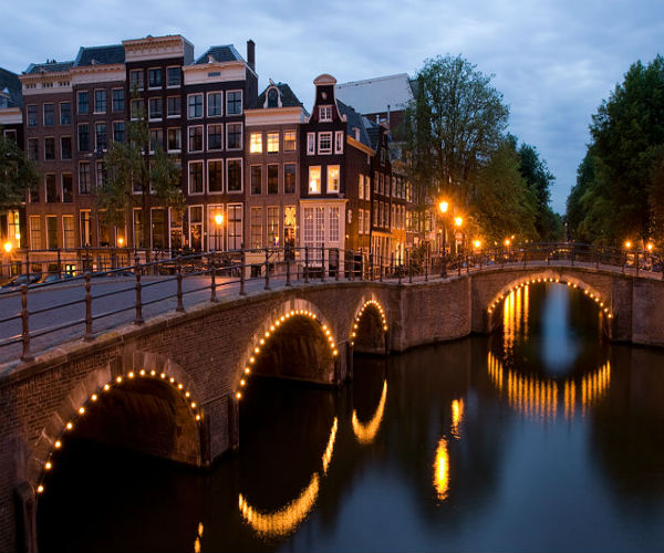 Eurostar services to Amsterdam